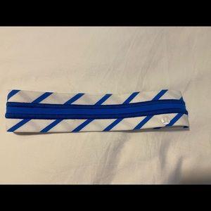 Lululemon Fly Away Tamer Headband NWT